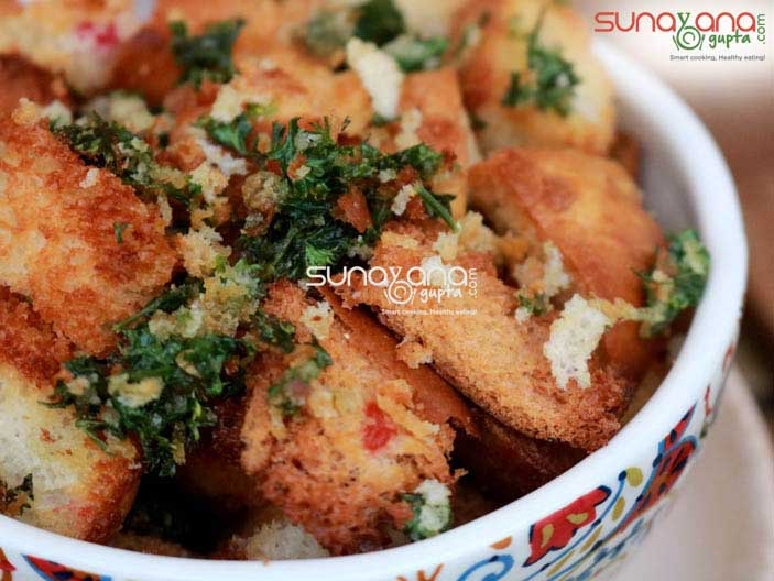 Baked-Bread-Croutons-1