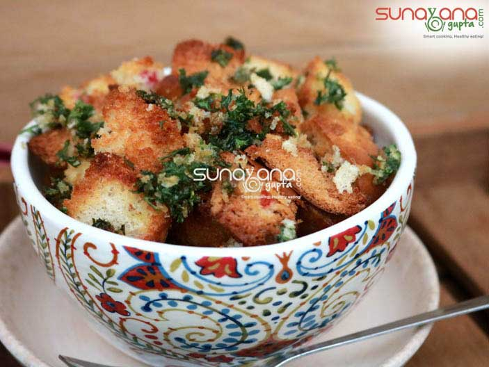 Baked-Bread-Croutons-5