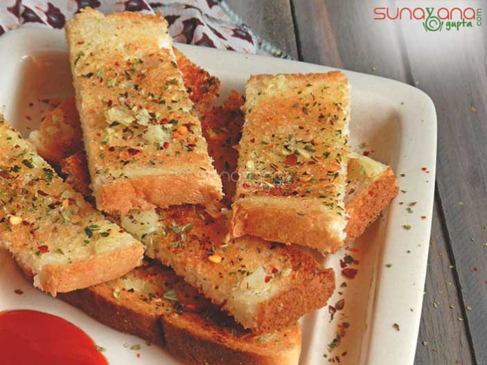 homemade-garlic-bread-recipe-434